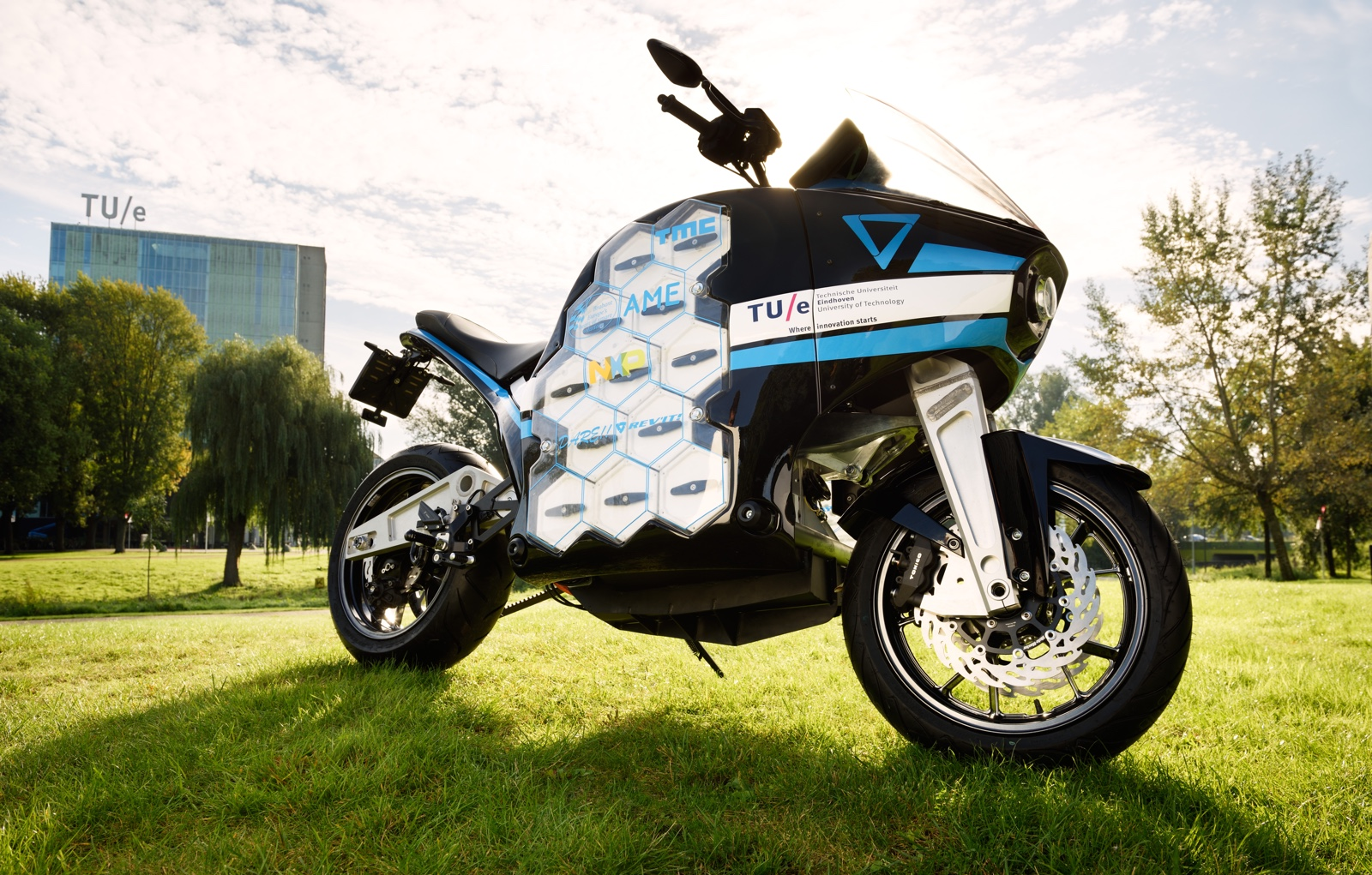 STORM, world's first electric touring motorcycle, designed by students of TU Eindhoven. (Photo: Bart van Overbeeke.)