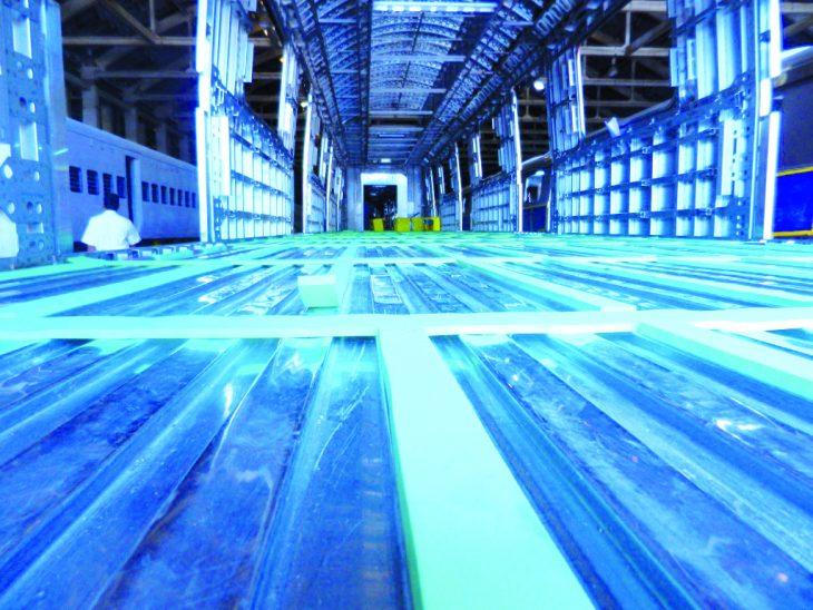 Sapa - floating floor for rail