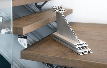 floating staircase - extrusion