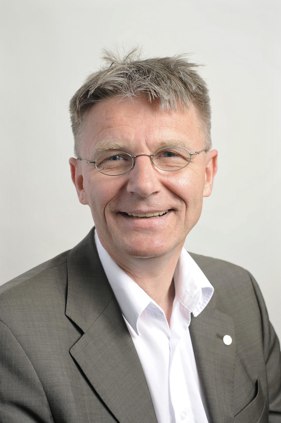 Dr. Michael Rösner-Kuhn, Hydro