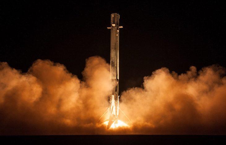 SpaceX-Falcon9-Zuma_Mission_(39557026242)