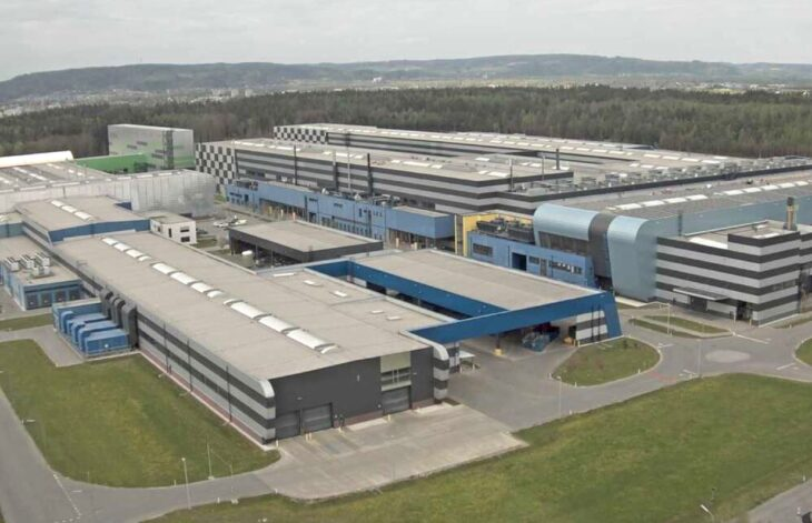 AMAG aluminum rolling and recycling - plans to instal Austria's largest rooftop photovoltaic system